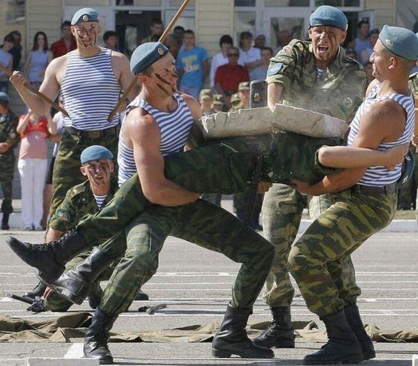 День ВДВ 2010 » Смешные прикольные ...: batona.net/491-den-vdv-2010.html