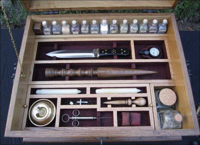 Oprema za ubijanje vampira (38 fotografija)