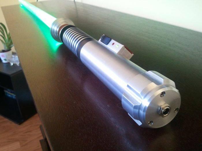 Как сделать лазерный меч своими руками в домашних условиях