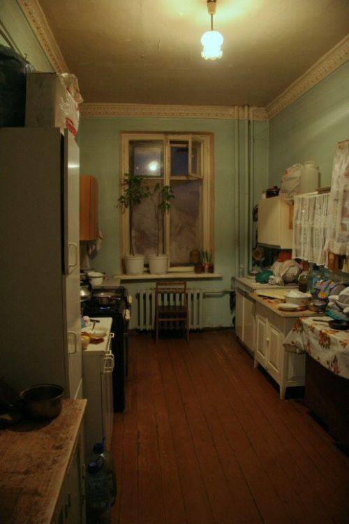 Сколько коммунальных квартир в санкт петербурге