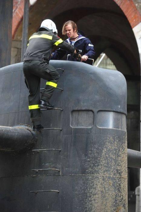 Podmornice u središtu Milana (11 fotografija)