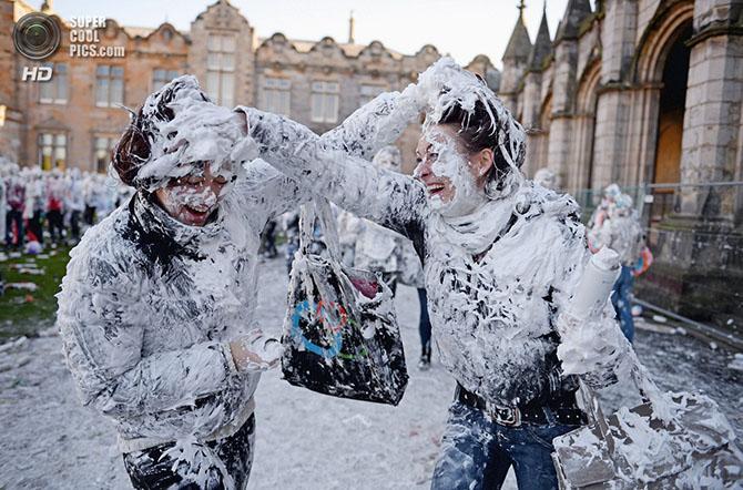 Пенная традиция старейшего университета Шотландии (20 фото)