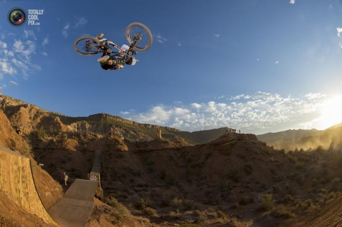 Red Bull BMX Rampage 2013 (15 фото)