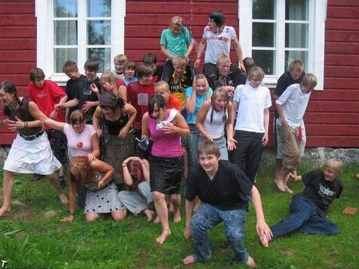 Kako uništiti školsku fotografiju (5 fotografija)