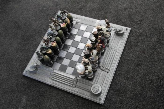 """Šah """"Alien"""" vs """"Predator"""" (11 fotografija)"""