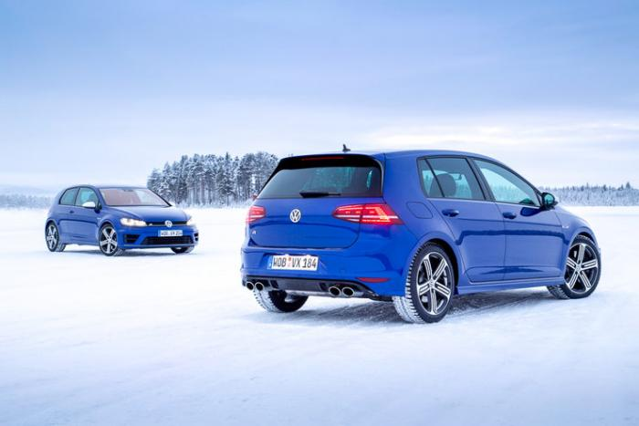 Тест-драйв Volkswagen Golf R (10 фото)