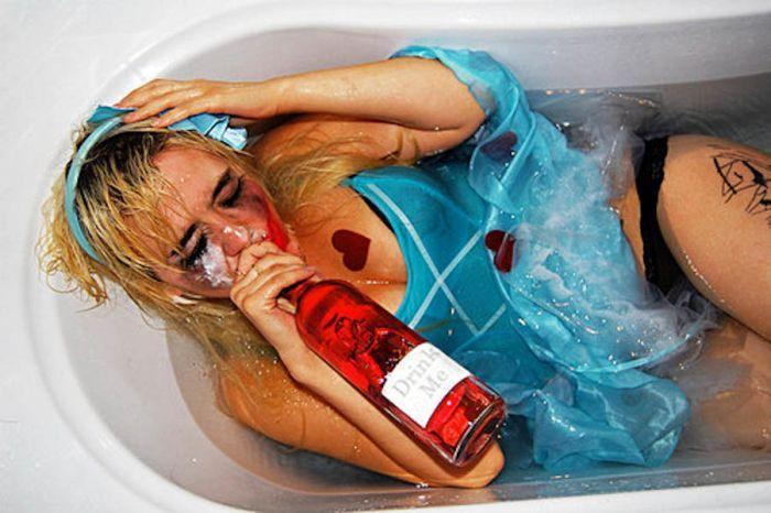 этом снимки пьяных девушек помощью сайта