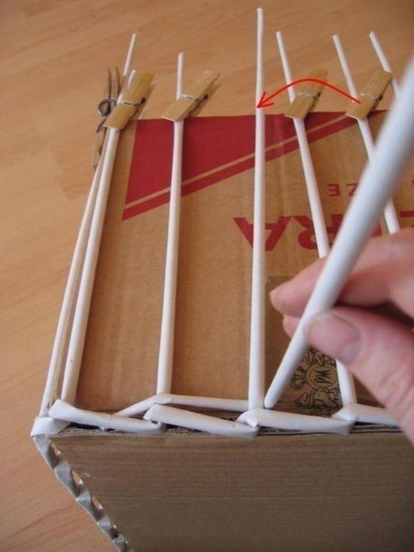 Как сделать из газетных трубочек корзинки