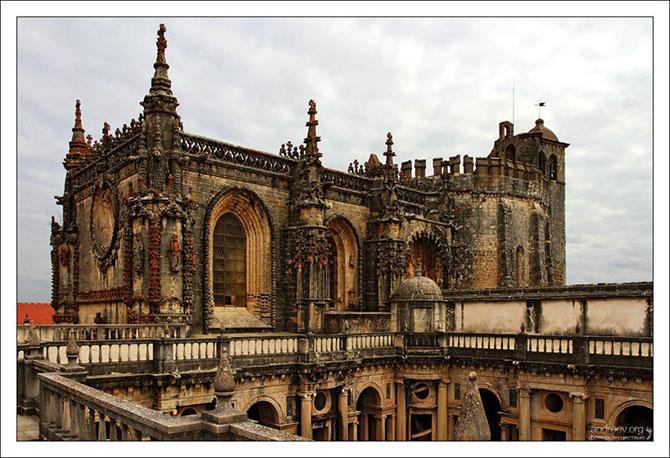 Экскурсия по замку тамплиеров в Португалии (16 фото)