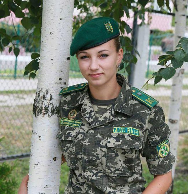 Ukrajinske graničarke (19 fotografija)