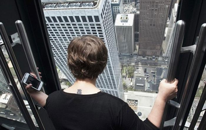 Новый аттракцион для смелых туристов в Чикаго (5 фото+видео)