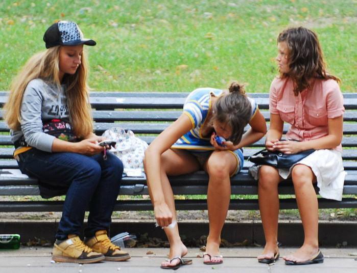 случайное фото писущие девушки