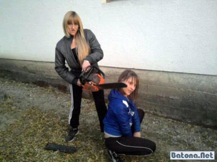Прикольные девушки и женщины (34 фото)