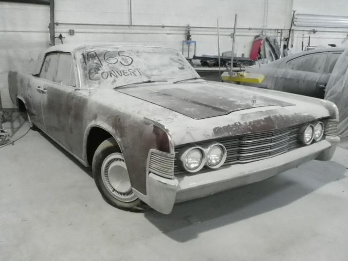 Lincoln Continental Convertible (24 фото)