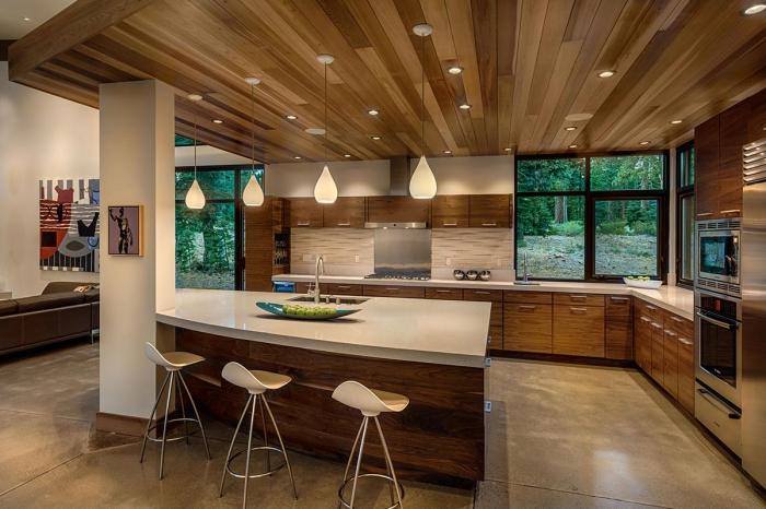 Drvena ladanjska kuća (18 fotografija)