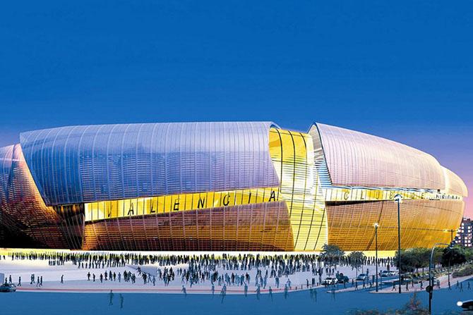 Футбольные стадионы будущего (12 фото)