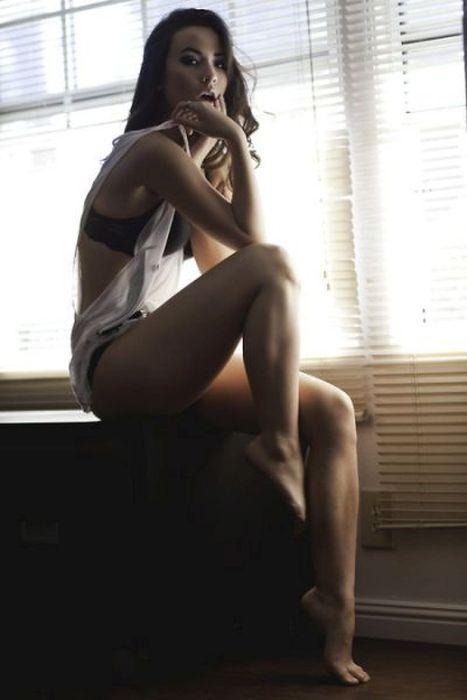Duge ženske noge