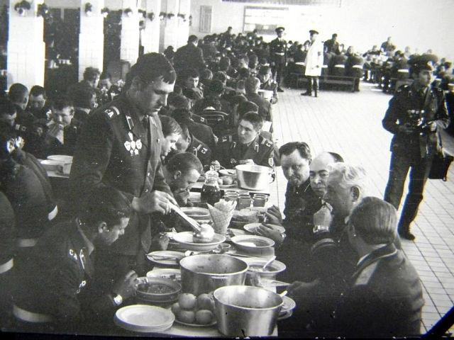 Фото белорусских солдат в казарме фото 368-752