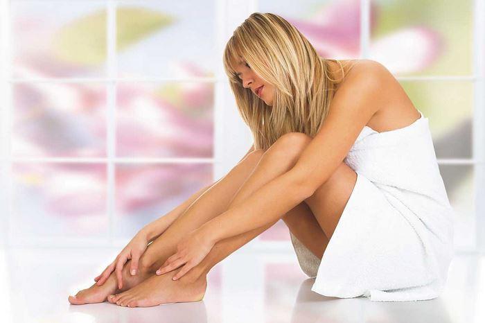 Болит косточка на ноге около большого пальца как начинается болезнь