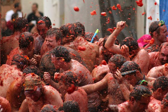 Самые отвязные фестивали мира (15 фото)