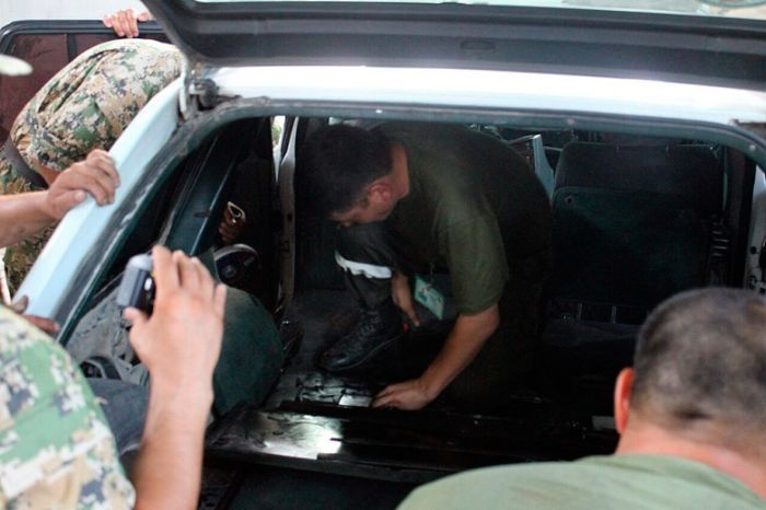 На казахстанско-киргизской границе задержан с героиновым тайником (3 фото)