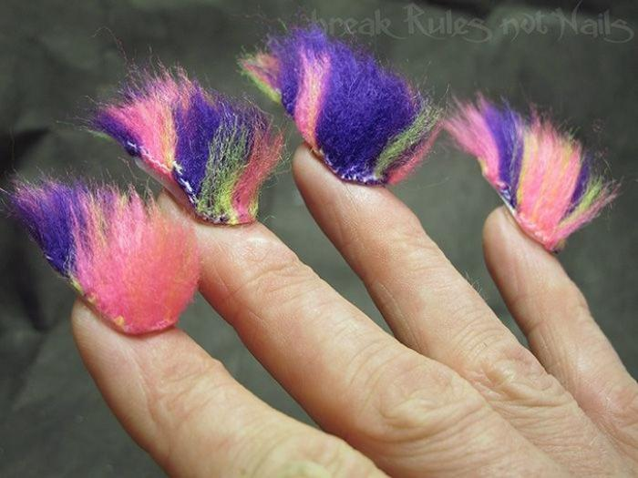 Новый модный тренд: пушистые ногти (16 фото)