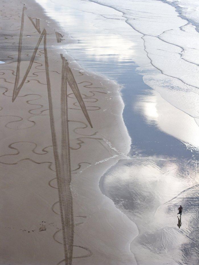 Рисунки на песке Сэма Дугадо (12 фото)