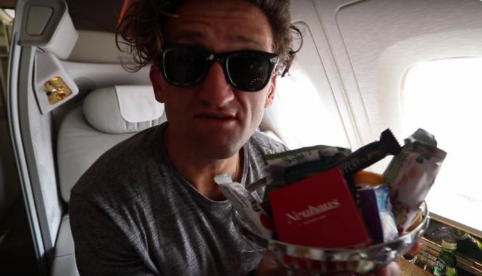 1474561261 03 American blogger free flew from Dubai to New York first class (11 photos)