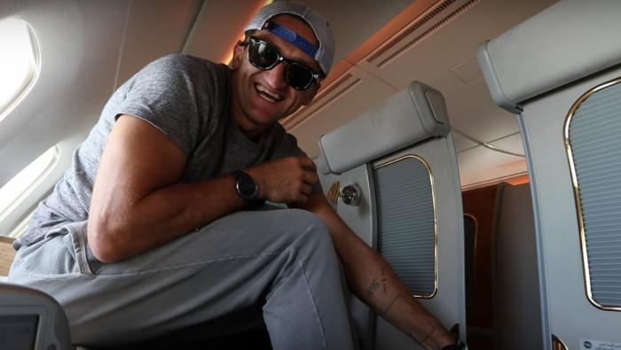 1474561307 02 American blogger free flew from Dubai to New York first class (11 photos)