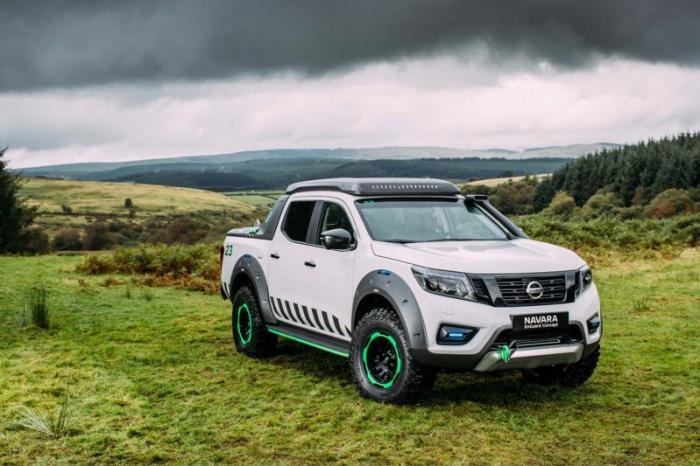 1475046827 021 Nissan Navara pickup truck made of the rescue vehicle (30 photos)