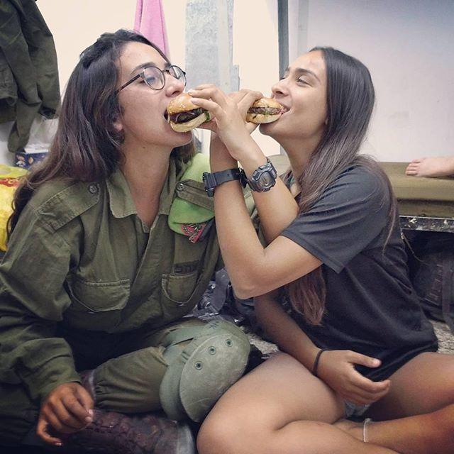 Голые израиль фото ответ