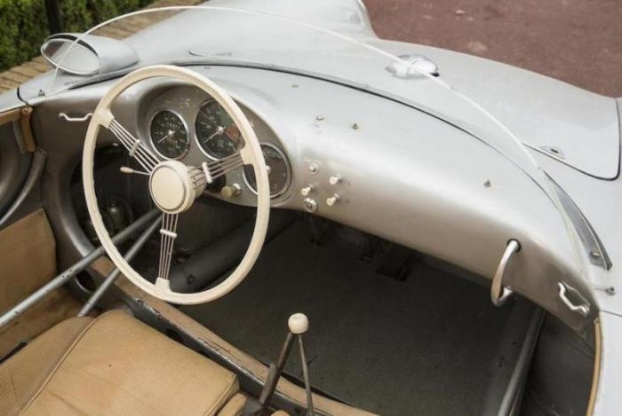 Porsche 550 RS Spyder 1956 года продан за рекордные 6 миллионов долларов (20 фото)
