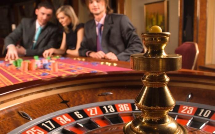 Казино рулетка 777 азартные игры игровые автоматы играть бесплатно гараж скачать