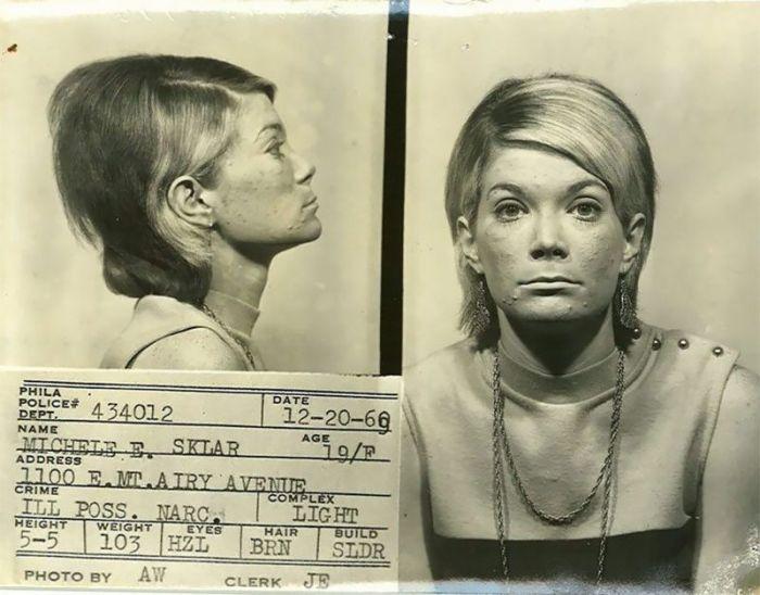 Магшоты американских преступниц 60-х годов XX века (19 фото)
