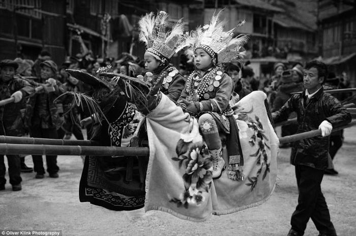 Азия в черно-белых снимках Оливера Клинка