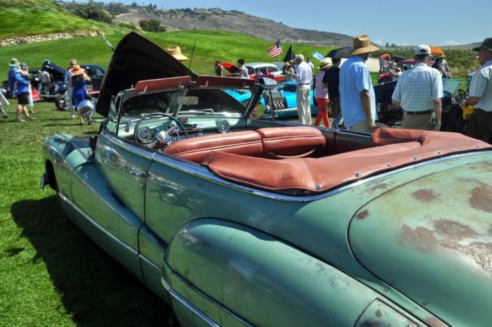 """""""Совершенно разрушенный"""" - Buick Convertible 1948 года (9 фото)"""