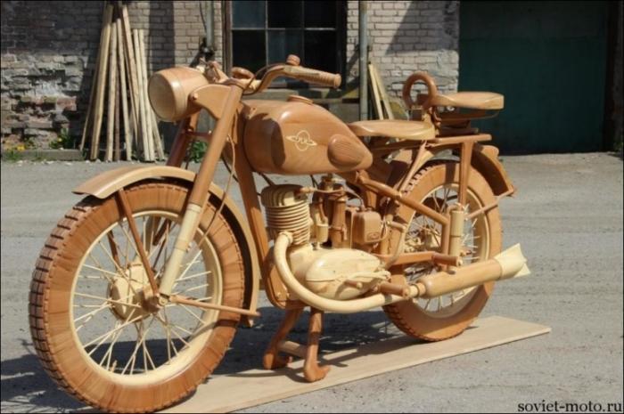 Мотоцикл ИЖ-49 ИЗ ДЕРЕВА! Здорово получилось!