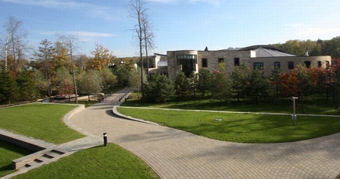 Интерьеры домов на Рублевке (47 фото)