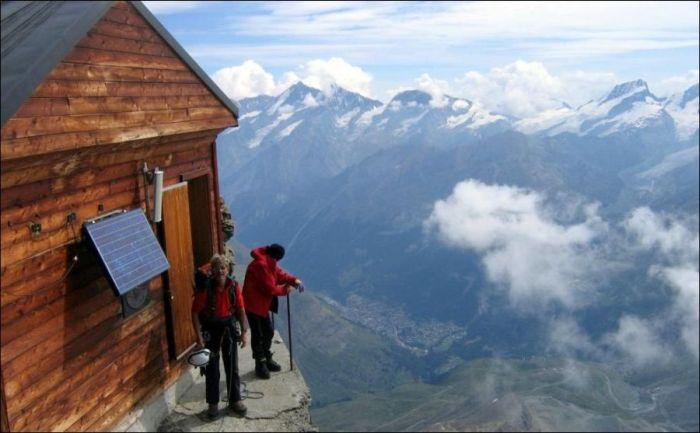 Домик в горах на высоте 4003 метра!!! Туда надо ещё подняться