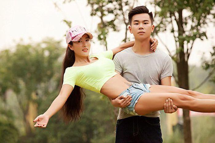 49-летняя китаянка Лю Елин, которая выглядит на 20!