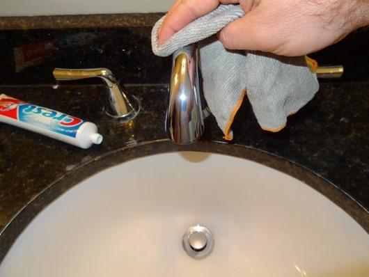 На что способна обычная зубная паста (16 фото)