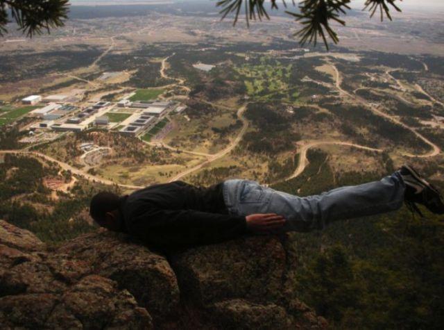 Ludi planking (38 fotografija)