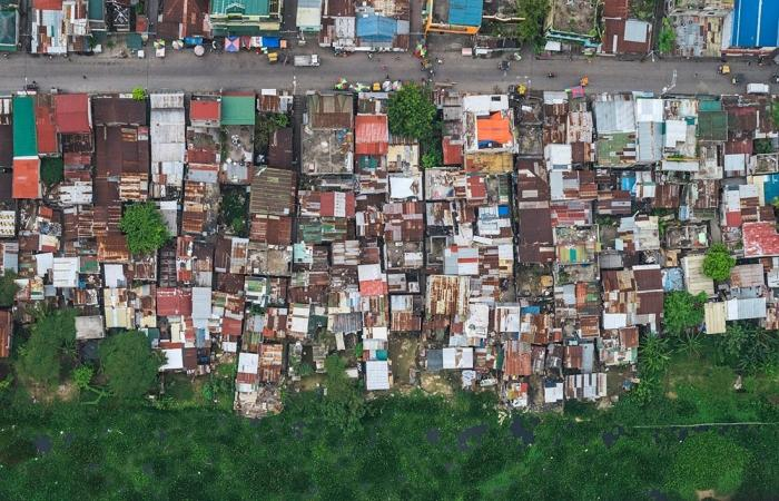Трущобы Манилы с высоты птичьего полета (13 фото)