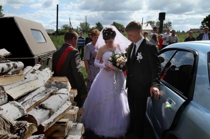Свадьба без гламура и пафоса (19 фото)