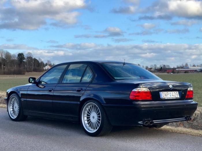 Alpina B12 - прекрасный и редкий BMW 7-серии 1998 года (14 фото + 1 видео)