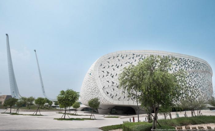 Футуристическая мечеть в столице Катара (28 фото)