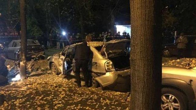 В Киеве в результате взрыва ранен депутат Игорь Мосийчук (5 фото)