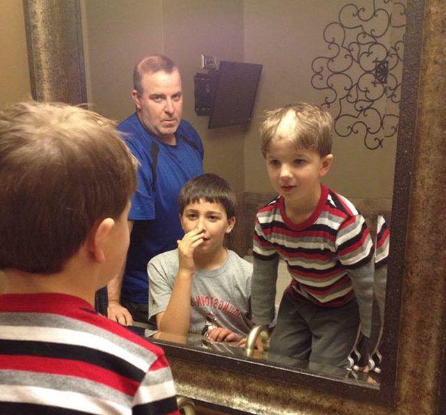 Детишки решили подстричься (24 фото)