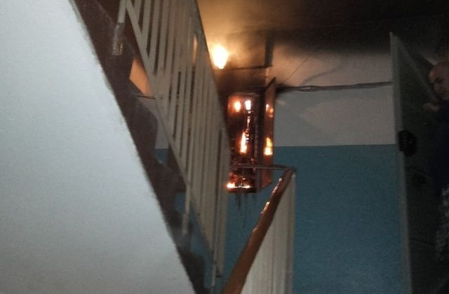 Вот для чего необходимо держать в доме небольшой огнетушитель (3 фото)