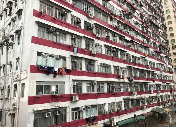 Апартаменты за 370 долларов в месяц в центре Гонконга (4 фото)
